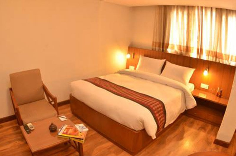 Osho Holiday Inn