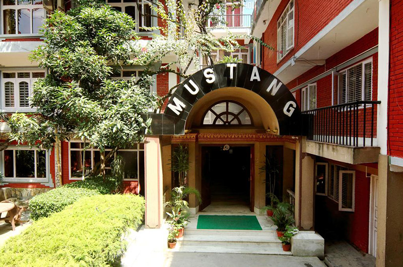 Hotel Mustang Holiday Inn