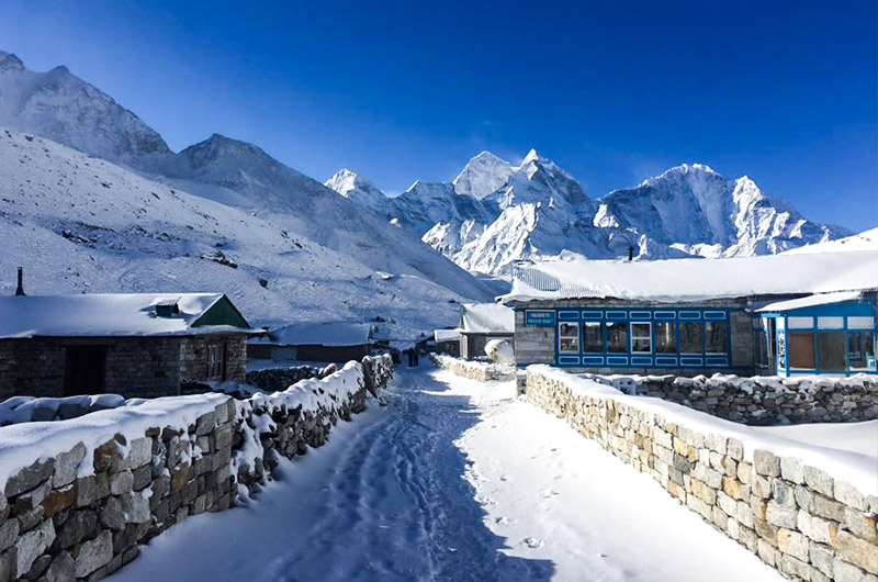 List of hotels near Mount Everest