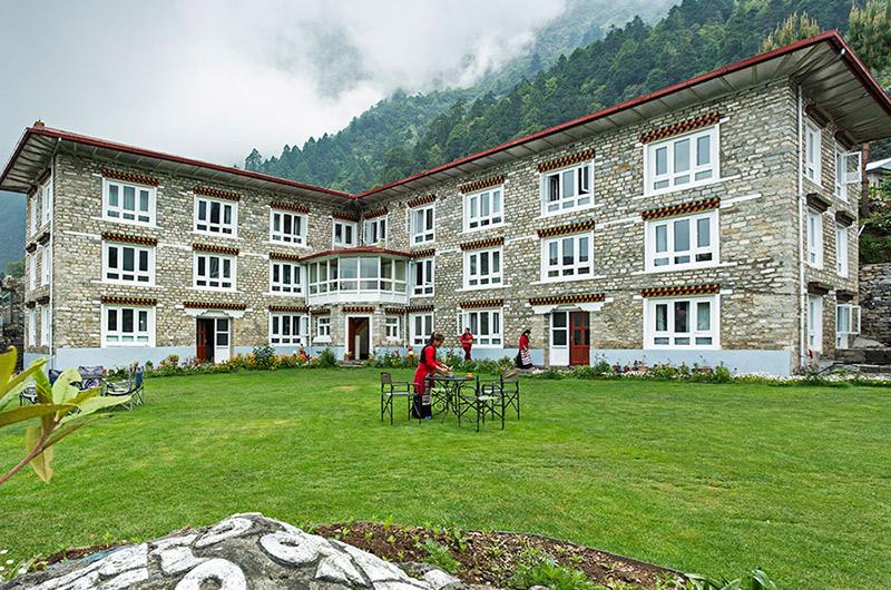 Everest Summit Lodge