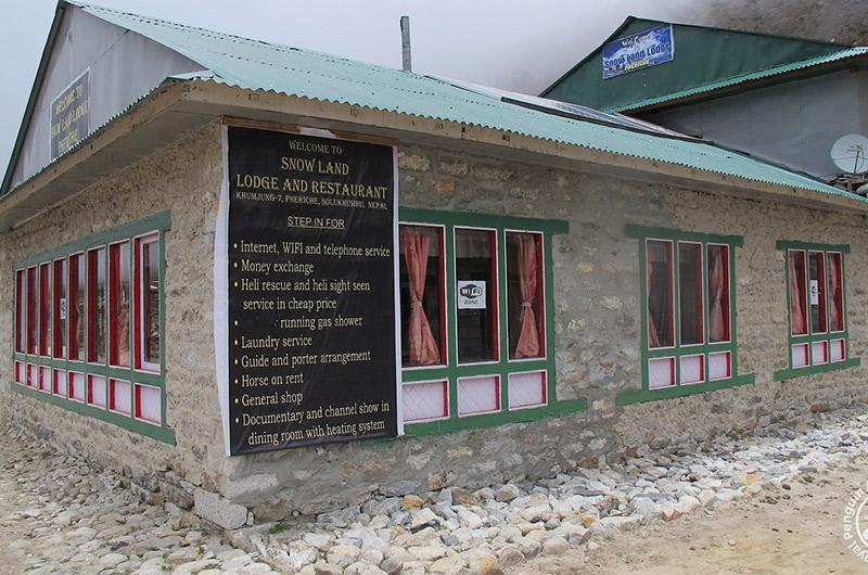 Snowland Lodge and Restaurant